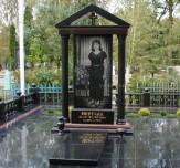 Эксклюзивные памятники на кладбище